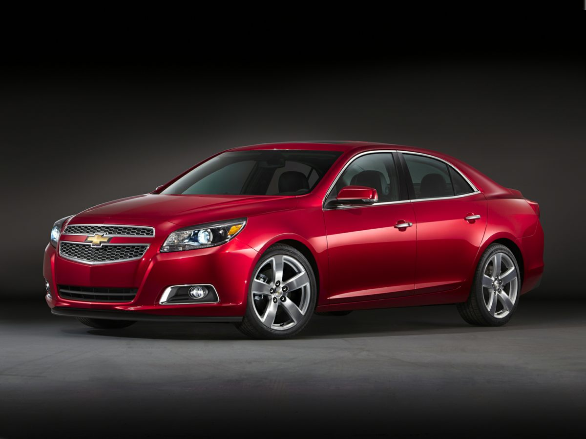 Pre Owned 2013 Chevrolet Malibu Ls Fwd 4d Sedan